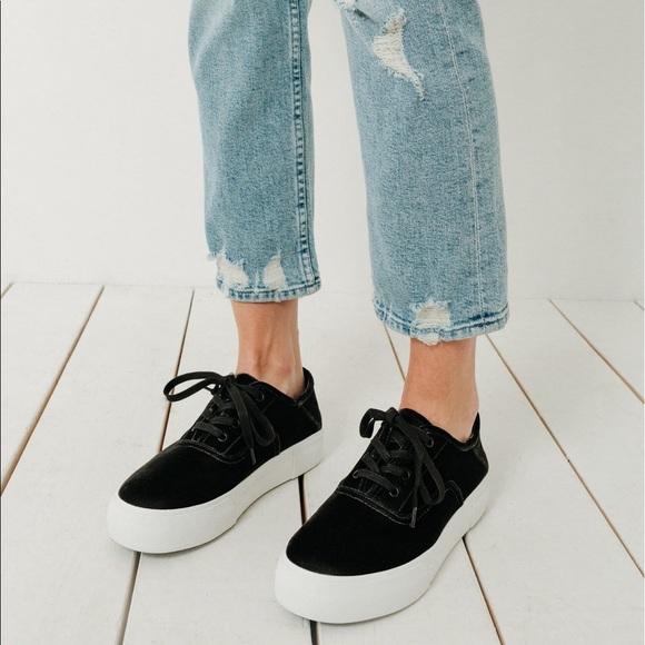 dc76271b9bf2 Vince Copley Platform Velvet Sneaker in Black